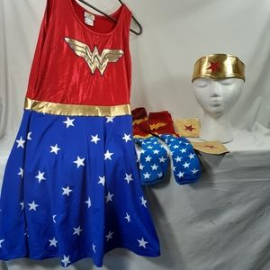 Adult Wonder Woman Halloween costume